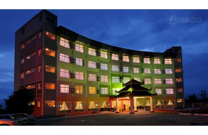 City Golf Resort Hotel